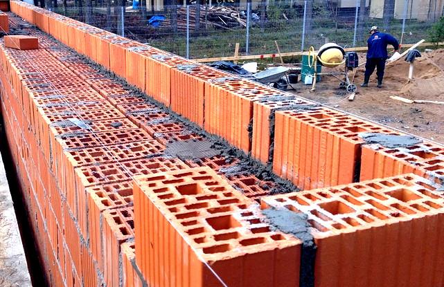 стены из двойных блоков  Дома из керамического кирпича Дома из керамического кирпича steny iz keramicheskogo kirpicha 1